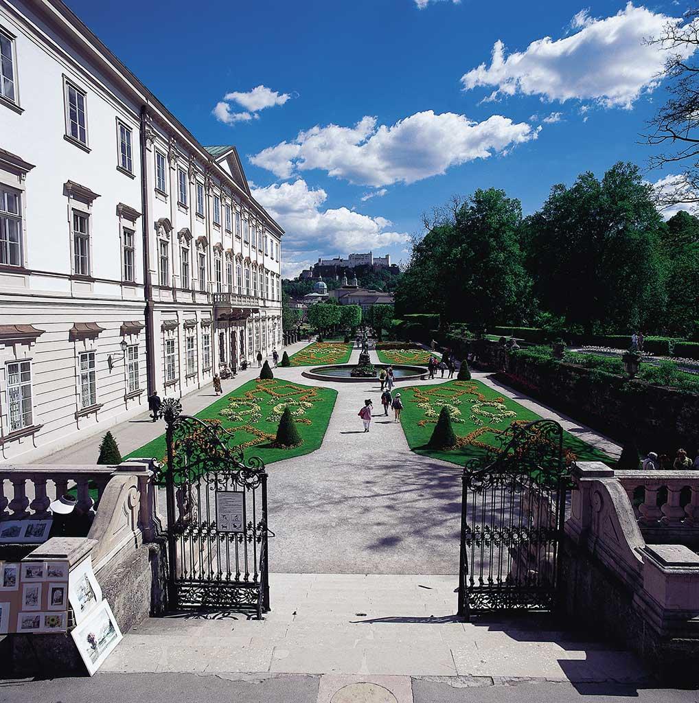 Schloss Mirabell, Mirabellgarten und Festung